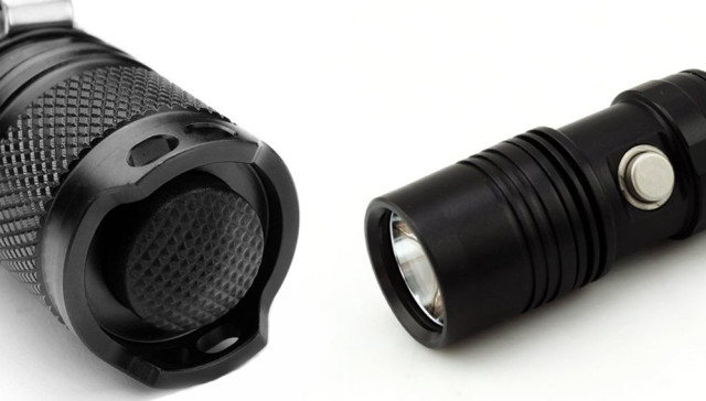 Pros and cons of tail switch flashlights